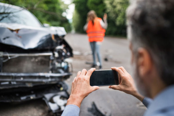 Taking pictures after a car-accident
